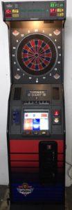 Dartspiuelen  mit einem Dart Automat